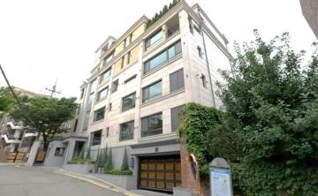 Villa in Korea