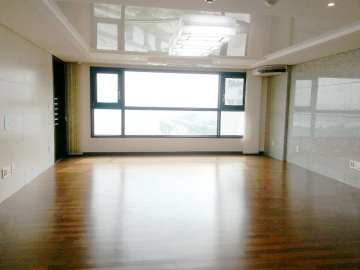 Apartment in Hajung-dong, Korea