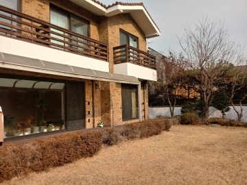 Single House in Seongbuk-dong, Korea