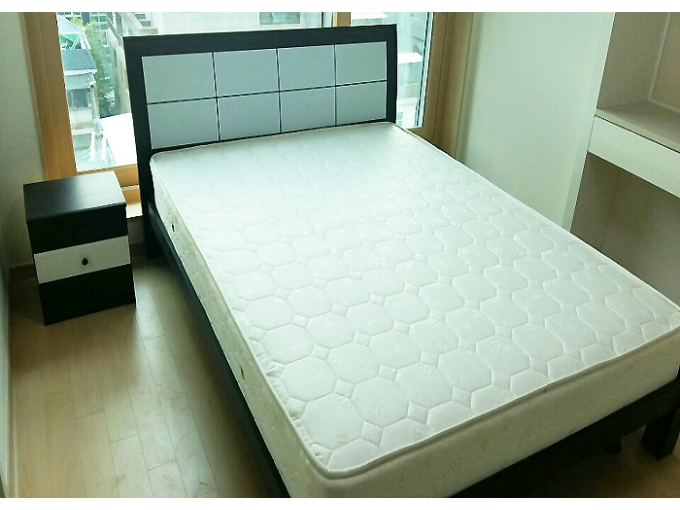 korea furniture rental Queen Bed